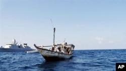 Tàu của hải tặc Somalia ngoài khơi bờ biển Oman