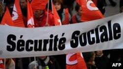 Les manifestants en faveur de la sécurité sociale en France, le 12 décembre 2019.