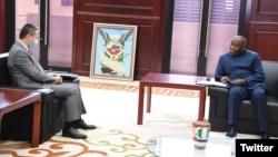 Huang Xia uhagarariye Umunyamabanga Mukuru wa ONU mu karere k'ibiyaga bigari bya Afurika na Perezida Evariste Ndayishimiye w'Uburundi