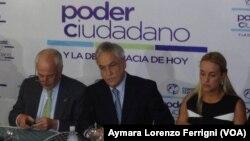 Andrés Pastrana, junto a Sebastián Piñera, reclamaron la libertad para Leopoldo López durante un foro en Caracas.