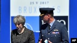 Britanska premijerka Tereza Mej dolazi na NATO samit u Briselu, 25. maja 2017.