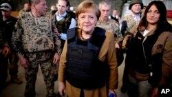 Ангела Меркель в Афганистане. 10 мая 2013г.