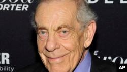 Wartawan televisi Amerika, Morley Safer meninggal dunia pada usia 84 tahun, Kamis 19/5 (foto: dok).