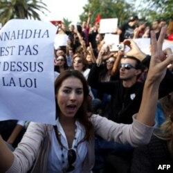Tunis: Hukmron islomiy partiya tenglik, demokratiya va'da qilmoqda