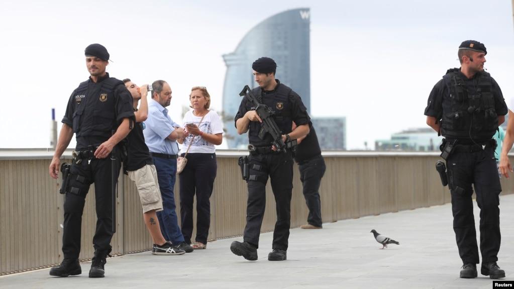 Spanjë: Policia vret të dyshuarin e sulmit në Barcelonë