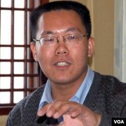 哈佛大学法学院访问学者、中国人权律师滕彪