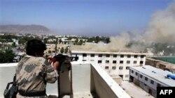 Binh sĩ Afghanistan chiến đấu chống lại phiến quân Taliban ở Kandahar