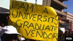 Thousands of vendors protested in Harare against their removal from city streets