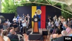 El líder opositor venezolano Juan Guaidó en conferencia de prensa en Caracas, el 14 de septiembre de 2021. [Foto: VOA/Carolina Alcalde]