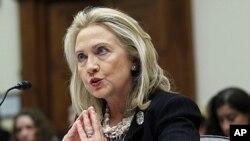 کلنټن او کانګریس د پاکستان او افغانستان لپاره د امریکا په تګلارې بحث وکړ