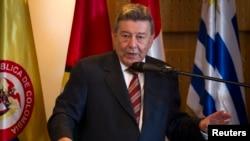 Resigned Foreign Minister of Peru Rafael Roncagliolo (2012 photo)