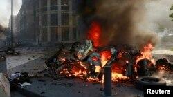 Serangan bom mobil di pusat kota Beirut menewaskan sedikitnya 6 orang hari Jumat (27/12).