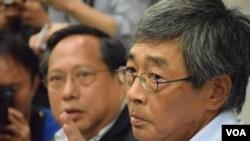 林榮基(右)在香港的記者會上(2016年6月16日)
