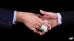 Mayoritas responden berpendapat bahwa korupsi semakin buruk dalam dua tahun belakangan (foto: ilustrasi).