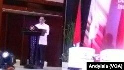 Kepala BNPT, Suhardi Alius memberikan sambutan pada acara silaturahmi dengan124 napi terorisme dan 51 korban terorisme di Hotel Borobudur, Jakarta, 28 Februari 2018. (Foto:VOA/Andylala).