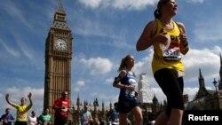 Des coureurs au marathon de Londres le 21 avril 2013
