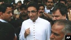 'بلاول کی پاکستان میں موجودگی کا کوئی سیاسی پہلو نہیں'