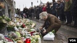 فرانسویان د پاریس د پیښې له قربانیانو سره خواخوږي کوي
