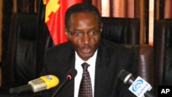 Ministro angolano da Administração do Território, Bornito de Sousa