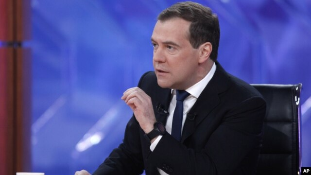 PM Rusia Dmitry Medvedev mengatakan, Presiden Bashar al-Assad membuat kesalahan fatal dengan menunda-nunda pembaharuan demokrasi di Suriah (foto: dok).
