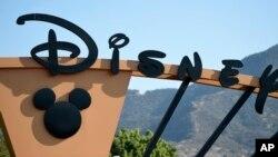 """La compañía Disney prohibió la semana pasada el ingreso a los críticos de películas de """"LA Time"""" a los pre-estrenos en respuesta a un par de artículos que publicó el periódico donde cuestiona la relación entre Disneylandia y la ciudad de Anaheim, al sur de Los Ángeles, donde se ubica el gigante del entretenimiento."""