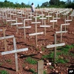 Des tombes de victimes du génocide de 1994