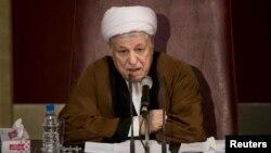 Mantan Presiden Iran, Hashemi Rafsanjani didiskualifikasi sebagai capres sehingga tidak bisa ikut pilpres Iran bulan depan (foto: dok).