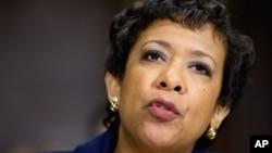 """La secretaria Loretta Lynch señaló que en los próximos meses el Departamento de Justicia seguirá ayudando a estos jóvenes a """"enriquecer sus vidas y mejorar el país""""."""