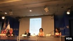 威尔逊中心举办韩国、台湾与东盟国家的TPP前景 (美国之音钟辰芳拍摄)