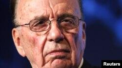 """Rupert Murdoch fue considerado como """"inepto"""" por el parlamento británico."""