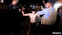 La detención fue grabada por una televisora local Kurdistán.