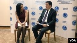 SCO Secretary-General Vladimir Norov talks to VOA journalist Navbahor Imamova, Dec. 14, 2018, in Tashkent, Uzbekistan