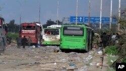 Entre los muertos había 98 habitantes de Foua y Kfarya.