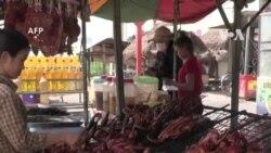 Chuột nướng: Món ăn vặt được ưa chuộng ở Campuchia