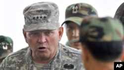 제임스 서먼 주한미군사령관 (자료사진)