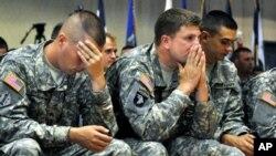 Сенатот гласа за правото хомосексуалците отворено да служат во армијата