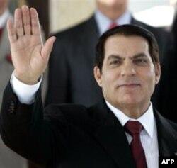 Prezident Ben Ali va uning yaqinlariga Saudiya Arabistoni boshpana bergan