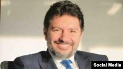 20 Temmuz'da yaptığı kefalet başvurusuna itiraz edilen Mehmet Hakan Atilla, yaptığı yeni başvuruda hakim Richard Berman'ın Halkbank'ın ortaklık yapısı ve Amerikalı ortaklarıyla ilgili sorusunu da yanıtlandı