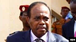 """Le facilitateur de l'Union africaine (UA) pour le """"dialogue national"""" en République démocratique du Congo, 4 novembre 2014."""