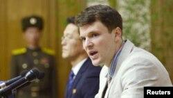 북한에 억류됐다가 의식 불명 상태로 풀려난 후 사망한 미국인 대학생 오토 윔비어 씨.