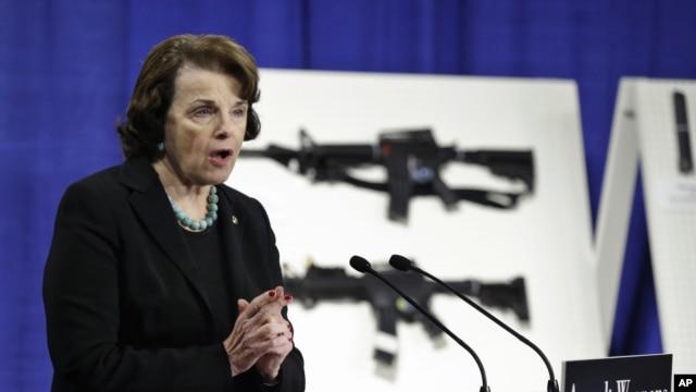 Дайан Файнстайн представила законопроект, який передбачає заборону на використання бойової зброї