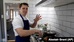 """Chef Jon Watts says a program founded by Prince Philip, the Duke of Edinburgh, gave him a """"passion for food"""" and a career as a chef when he got out of prison."""