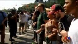 2016-09-26 美國之音視頻新聞: 抗議活動平息 夏洛特市取消宵禁