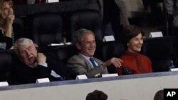 Bivši američki predsjednik George W. Bush na Superbowlu