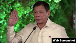 Presiden Filipina Rodrigo Duterte memerintahkan latihan-bersama militer dengan Amerika diakhiri (foto: dok).