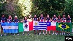 El uruguayo Abayuba Rodríguez junto al equipo de atletas con diabetes.