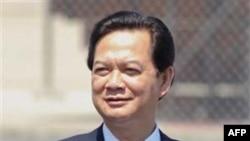 Thủ tướng Việt Nam Nguyễn Tấn Dũng đã chính thức chấp thuận kế hoạch tái cơ cấu cho Vinashin để đưa công ty này trở lại với công việc làm ăn chính là đóng tàu