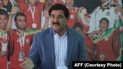 یوسف کارگر، معاون فنی فدرارسیون فوتبال افغانستان که وظیفه اش در کنار رئیس فدراسیون به تعلیق درآمده است.
