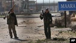Tentara pemberontak berhasil menguasai pangkalan udara di Suriah selatan setelah melakukan pengepungan selama 16 hari (foto: dok).