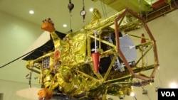 Los ingenieros buscan ahora la mejor forma de mantener comunicación por radio con la nave Phobos Grunt.